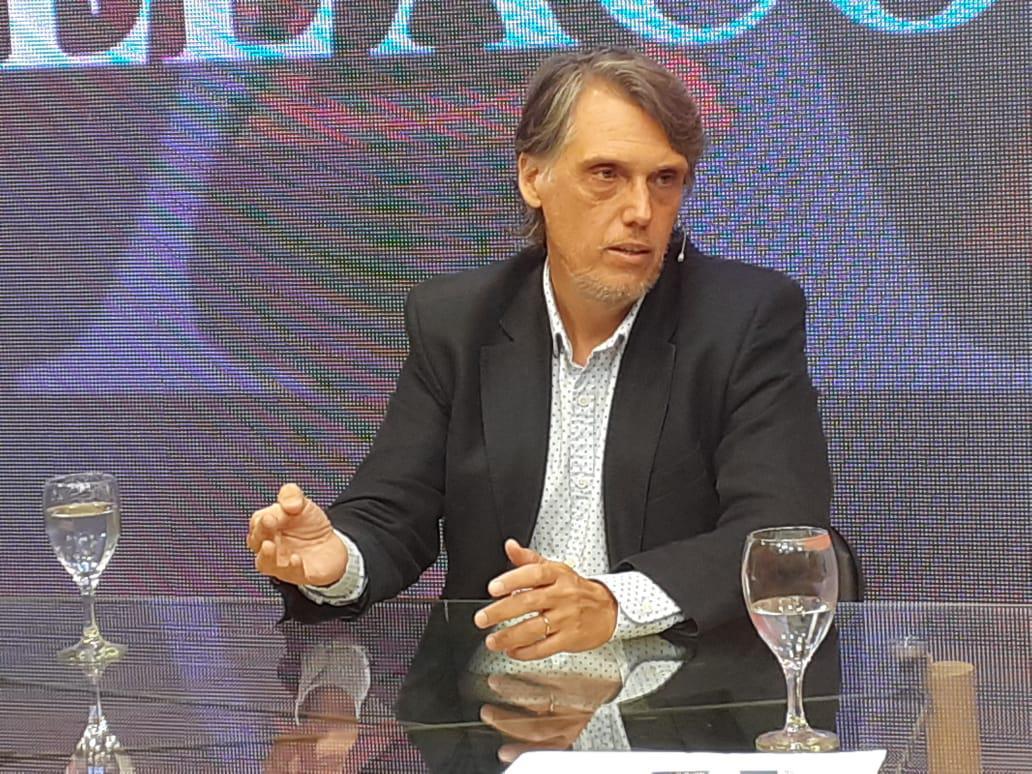 Kosiner está a favor de mantener las PASO y el voto electrónico